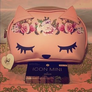 NWT IMO Cat Cosmetic Bag in Blush! With FREE Gift!